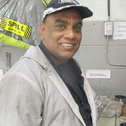 Moe – Refinish Technician