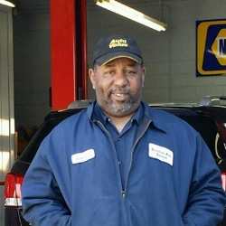Leonard Ward, Auto Repair Technician